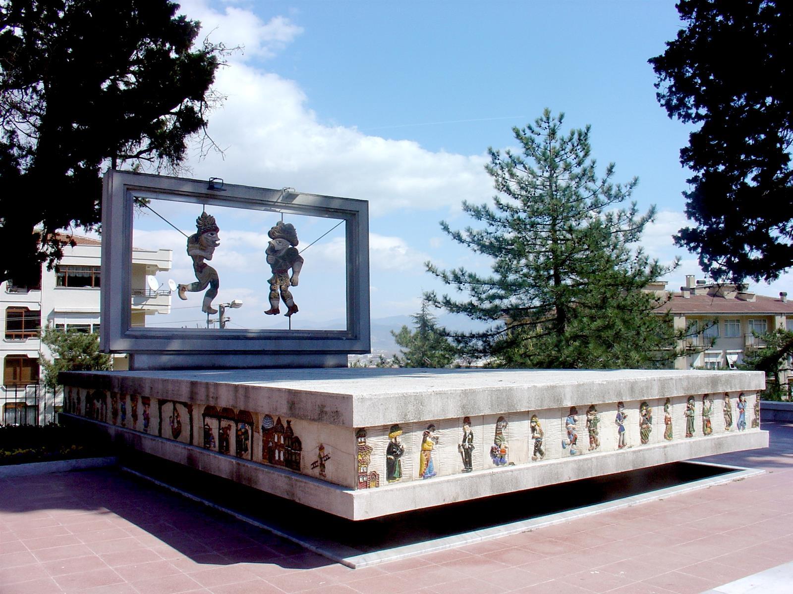 Μνημείο Καραγκιόζη, Προύσα - Τουρκία